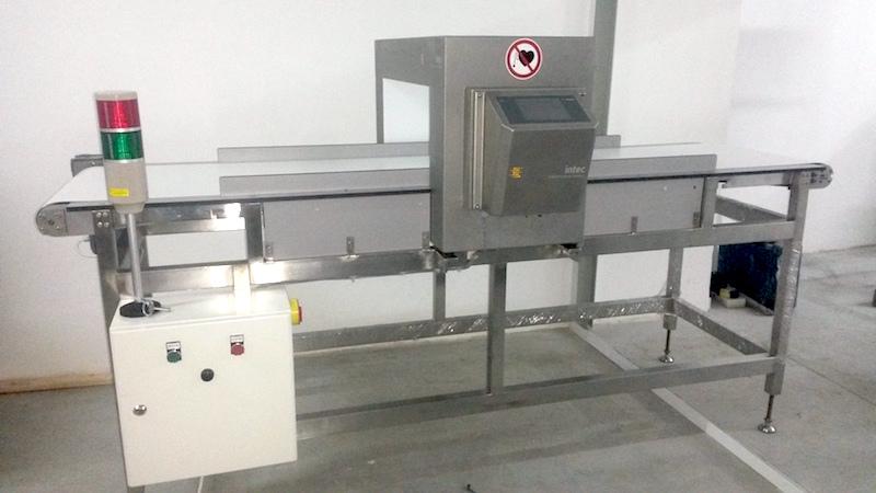 Столешница и опоры для металлодетектора из hpl панелей FunderMax